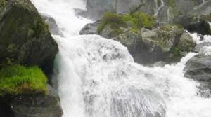 1334_montcalm_mineralwasser_kontakt_02